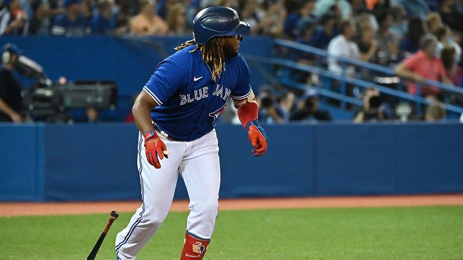 Batting title races jumbled as MLB season winds down