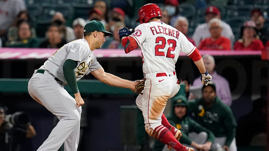 A's keep pace in wild-card race with 5-4 win over Angels