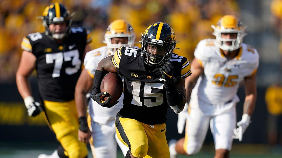 Iowa's offense builds confidence with Goodson's career game