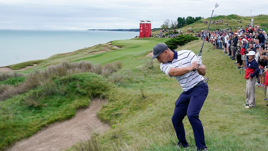DeChambeau stands out even as he puts emphasis on US team
