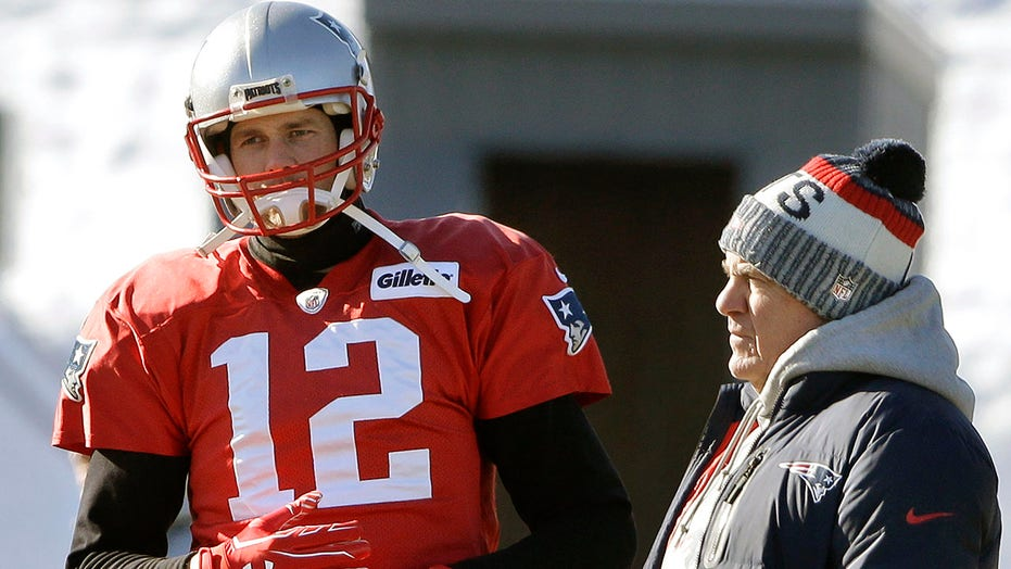 Ultimate chess match on tap as Brady faces Pats for 1st time