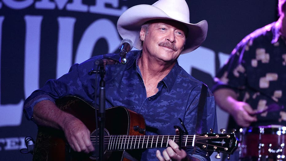 Alan Jackson reveals 9/11 song inspiration 20 years later