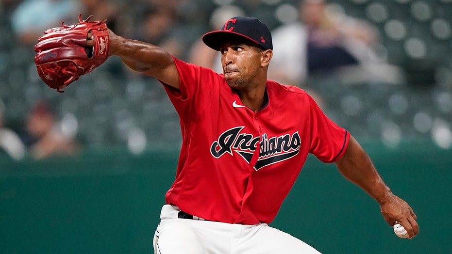 Former OF Gose flashes 100 mph heat for Indians, fans Perez