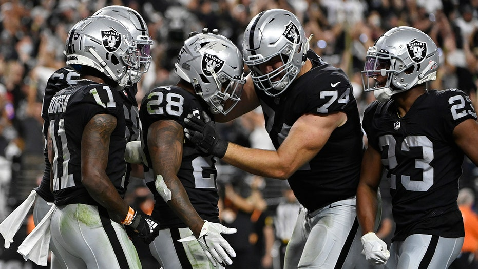 Raiders star will miss Week 2 matchup vs. Steelers with toe, ankle injuries