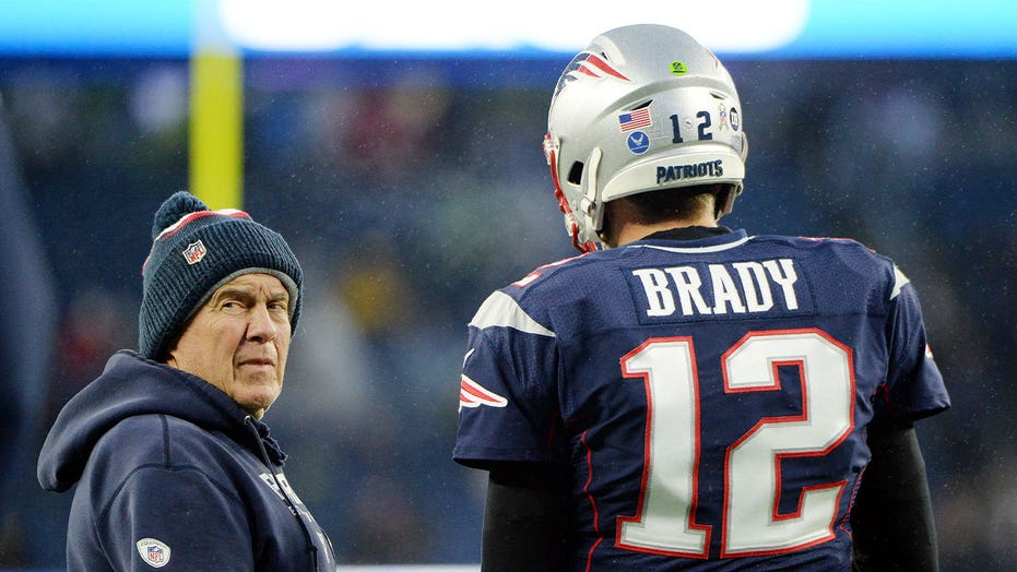 Julian Edelman previews Tom Brady, Bill Belichick matchup with epic meme: 'GOAT BOWL'