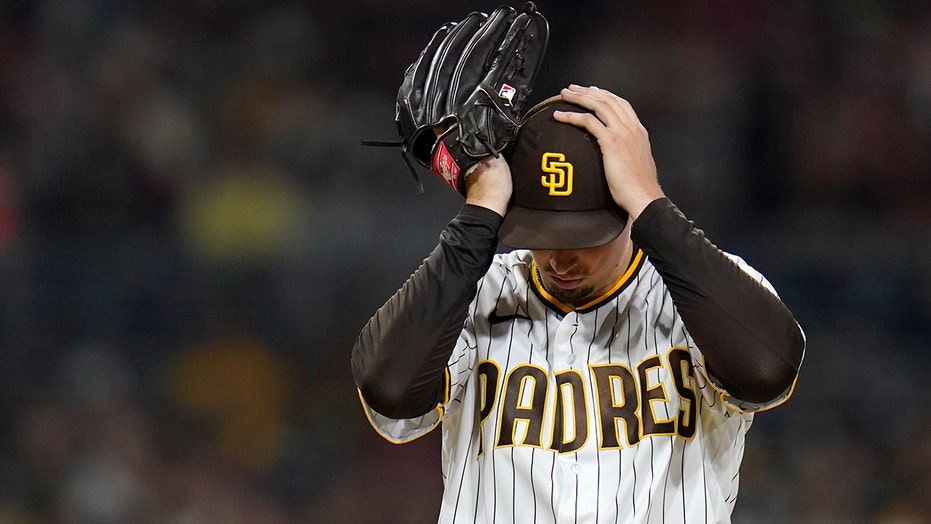 Snell loses gem in 7th, Padres fall 4-0 to Adell, Angels