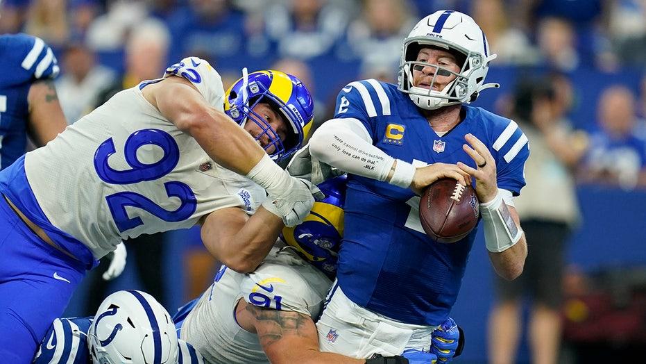 NFL quarterbacks deal with injuries in Week 2 games