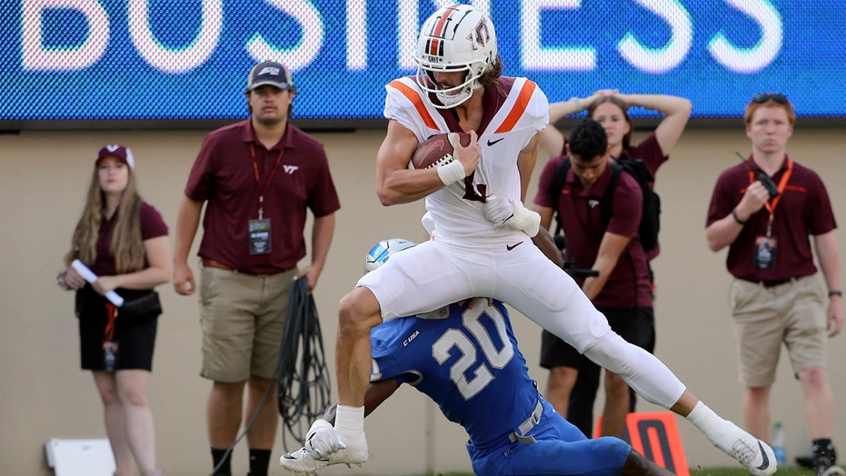 No. 19 Virginia Tech beats Middle Tennessee 35-14