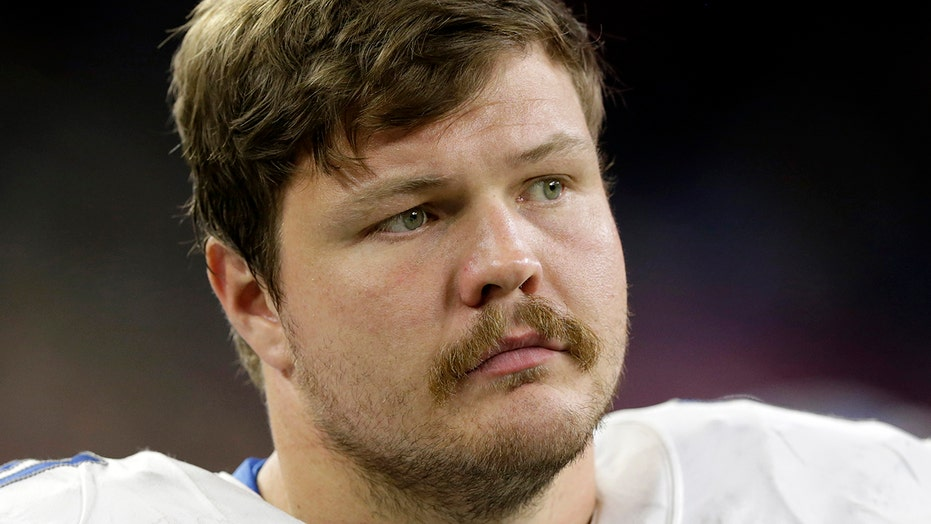 Broncos' Graham Glasgow hospitalized after heart issues during game vs. Giants