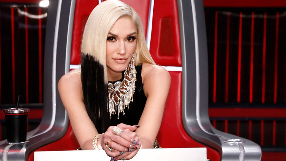 Gwen Stefani shares moment she said 'yes' to her wedding dress