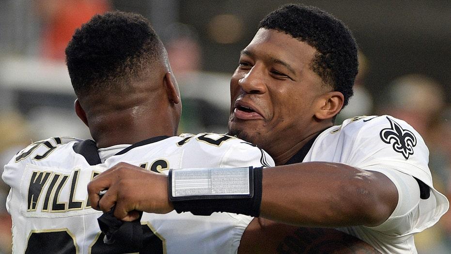 Ex-NFL QB raises eyebrows with odd Jameis Winston tweets