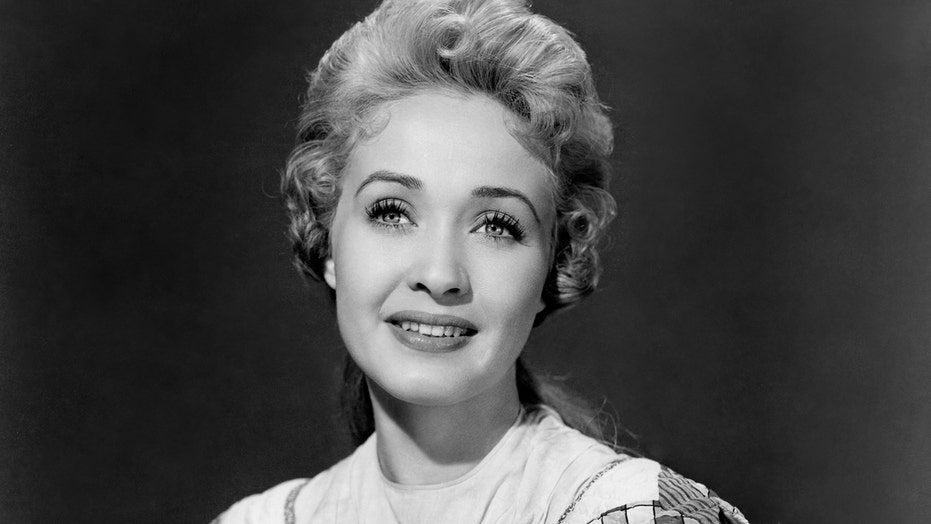 Jane Powell, 'Seven Brides for Seven Brothers' and 'Royal Wedding' star, dead at 92