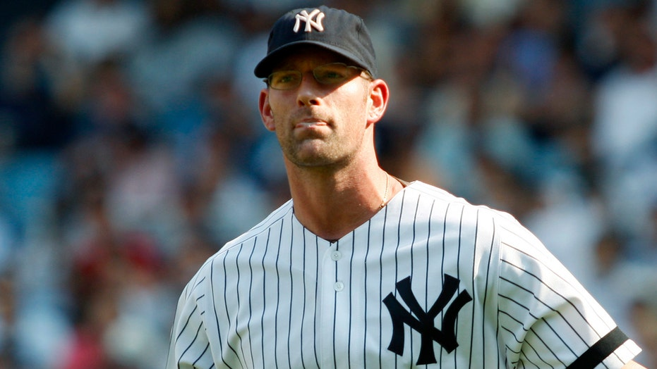 Ex-MLB pitcher Kyle Farnsworth faces backlash over critical tweet of player