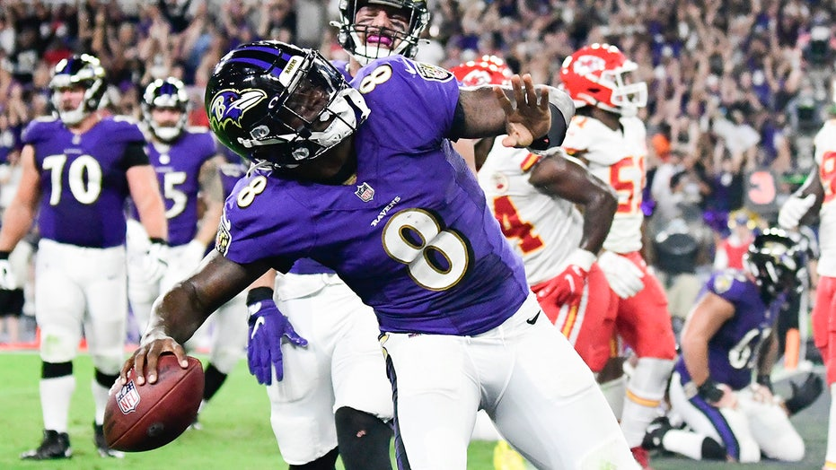 Ravens' Lamar Jackson reveals lead up to crucial 4th down conversion: 'Do you want to go for this?'