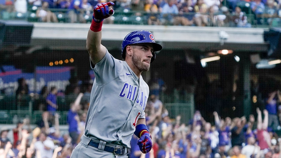 Wisdom sets Cubs rookie record with 27th HR, beat Brewers