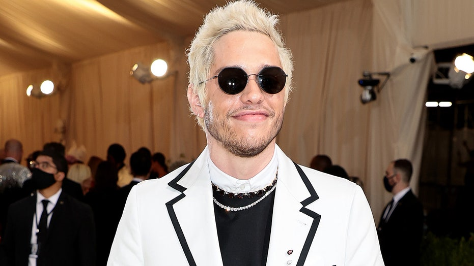 Pete Davidson's Met Gala 2021 outfit paid tribute to his father and other 9/11 victims