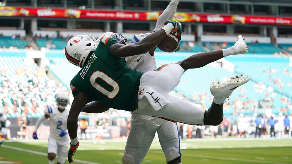 Miami's Romello Brinson makes his case for catch of the year with must-see TD