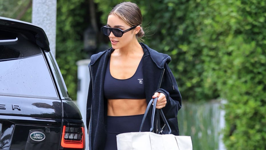 Olivia Culpo turns heads as she shows off toned abs after workout class