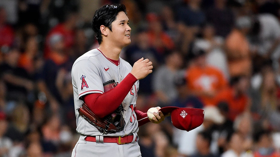 Ohtani hits 44th HR, but Astros tag him in win over Angels