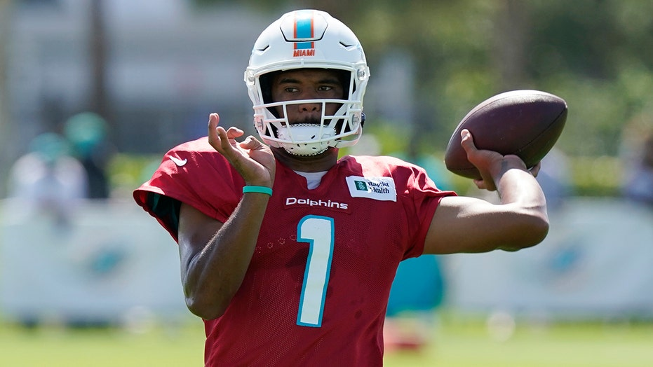 Dolphins' Tua Tagovailoa gets vote of confidence from Brian Flores: report