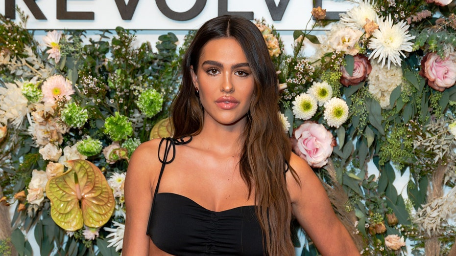 Amelia Hamlin says she's feeling 'relaxed' and 'grateful' to be at NYFW after Scott Disick breakup