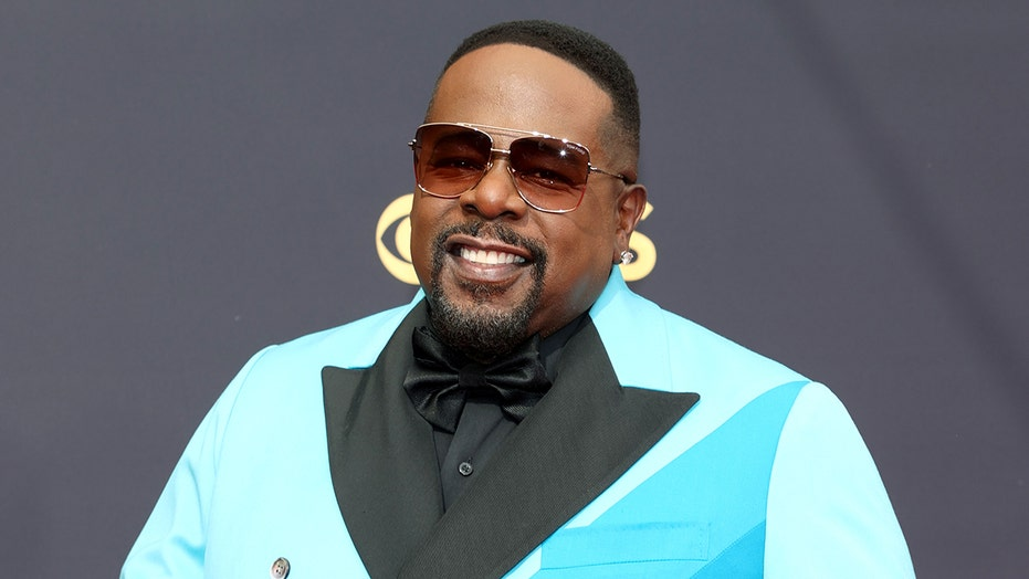 2021 Emmys: Cedric the Entertainer roasts the British royal family, 'Jeopardy!' and more in opening monologue