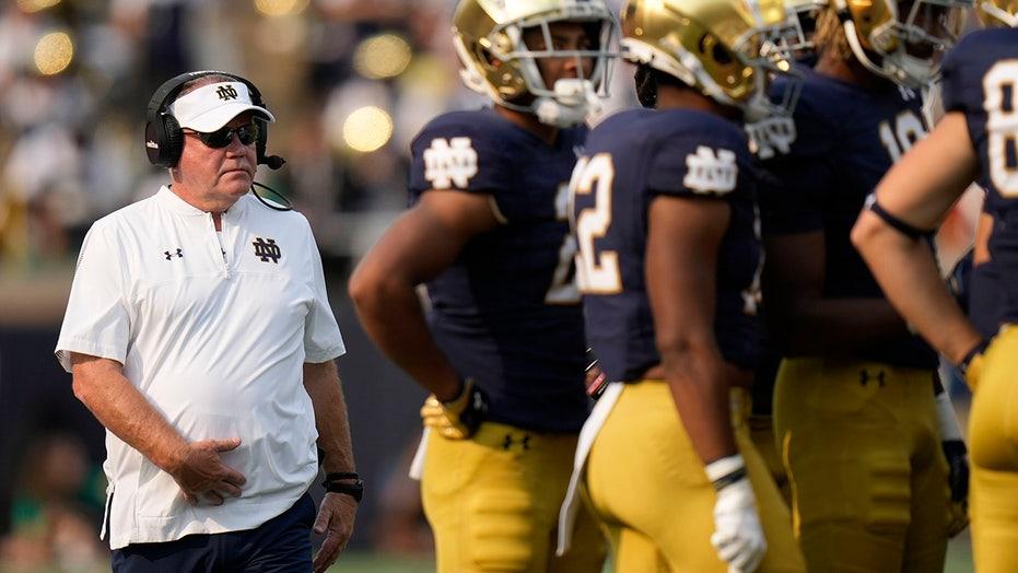 Notre Dame's Brian Kelly targets Knute Rockne, Jack Coan plays former team in crucial week
