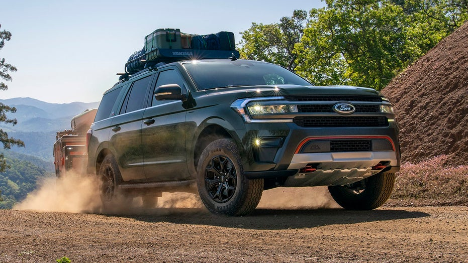 2022 Ford Expedition debuts with new off-road Timberline and sporty Stealth models