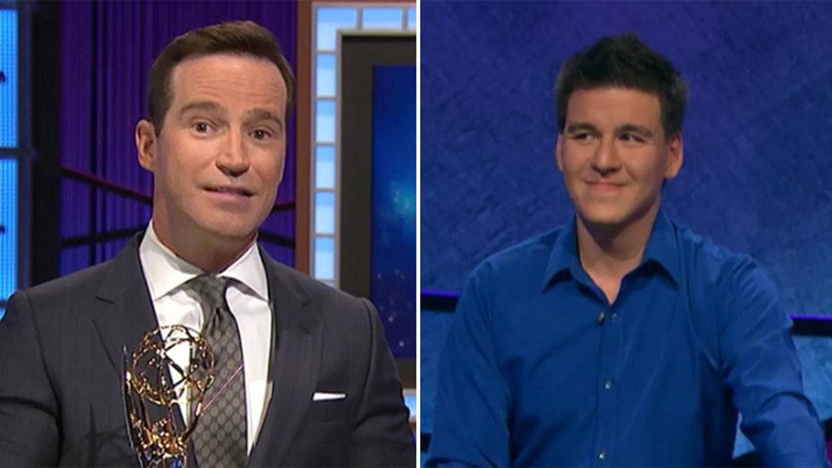 Former 'Jeopardy!' champion James Holzhauer applauds Mike Richards' firing