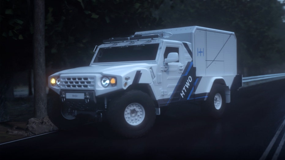 Hyundai developing 4×4 emergency power truck with hydrogen fuel cell generator