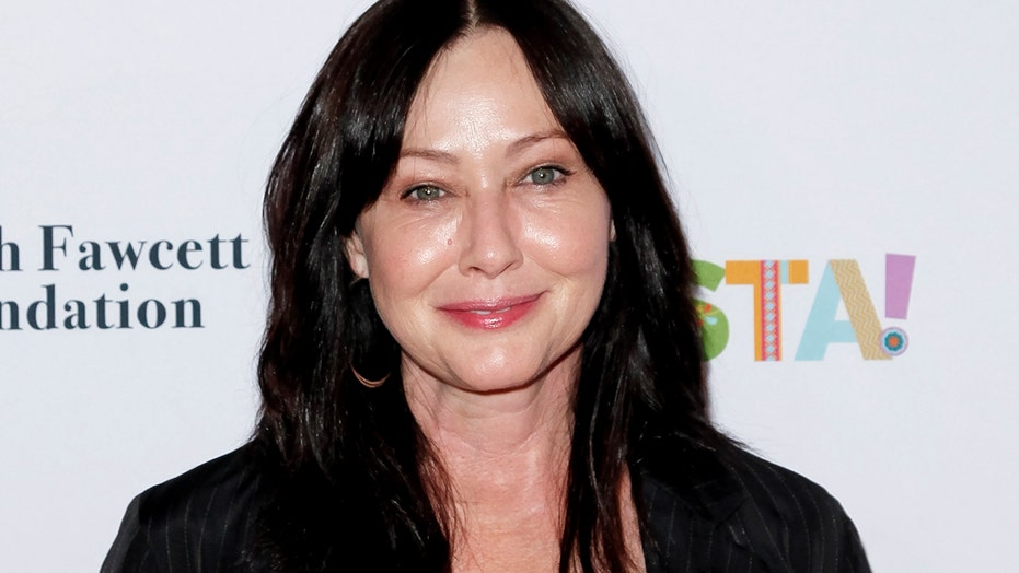 Shannen Doherty opens up about living with cancer: 'I never really complain'