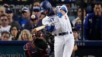 Chris Taylor's phenomenal 3-homer game keeps Dodgers alive in NLCS