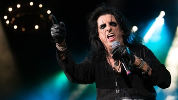Alice Cooper says he picked up this surprising new skill during COVID lockdown: 'You miss that adrenaline'