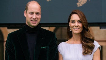 Prince William and Kate Middleton will likely visit the U.S. in 2022 to boost their popularity, source claims