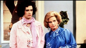 Peter Scolari, 'Bosom Buddies' and 'Newhart' actor, dead at 66