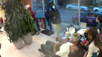 Seattle hair salon robbed by armed men in 'Scream' masks