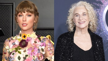 Taylor Swift will induct Carole King into the Rock and Roll Hall of Fame