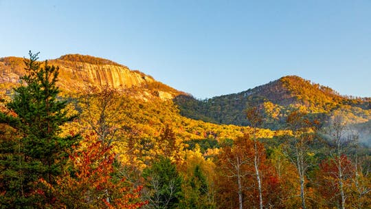 Explore these fall hikes around the US