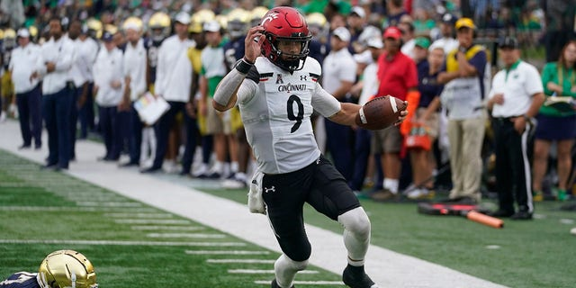 After taking down ND, No. 5 Cincinnati prepares for Temple