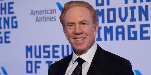 Alan Kalter, the voice announcer behind 'The Late Show with David Letterman' has died.
