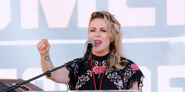 LOS ANGELES, CALIFORNIA - OCTOBER 02: Alyssa Milano attends Women's March Action: March 4 Reproductive Rights at Pershing Square on October 02, 2021 in Los Angeles, California. (Photo by Amy Sussman/Getty Images)