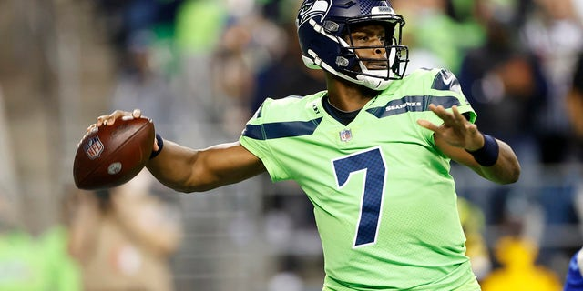 Seattle Seahawks backup quarterback Geno Smith passes against the Los Angeles Rams during the second half of an NFL football game, Thursday, Oct. 7, 2021, in Seattle. Smith came in while starting quarterback Russell Wilson had a hand injury evaluated.