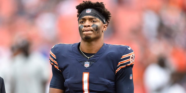 Chicago Bears quarterback Justin Fields (1) walks off the field after the Cleveland Browns defeated the Bears in an NFL football game, Sunday, Sept. 26, 2021, in Cleveland.
