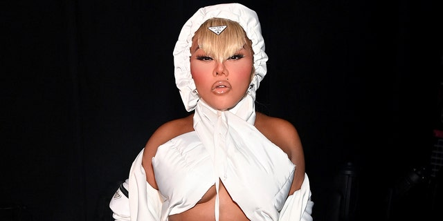 Back in July, 50 Cent also took aim at Lil Kim when he compared her to a snow owl for her look at the 2021 BET Awards.