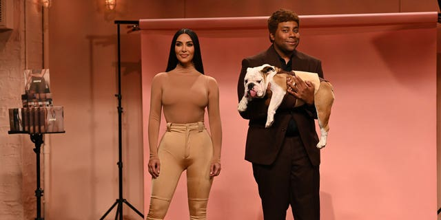 Pictured: (l-r) Kim Kardashian West and Kenan Thompson during the 'Skims' sketch on Saturday, October 9, 2021.