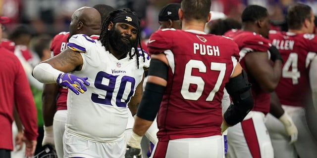 Minnesota Vikings defensive tackle Sheldon Richardson (90) during the second half of an NFL football game, Sunday, Sept. 19, 2021, in Glendale, Ariz. The Cardinals won 34-33.