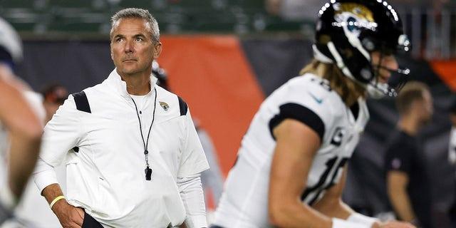 Head coach Urban Meyer of the Jacksonville Jaguars looks on before the game against the Cincinnati Bengals at Paul Brown Stadium on September 30, 2021 in Cincinnati, Ohio.