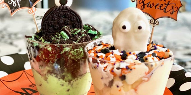 There are a lot of different ways to serve ice cream, and this recipe provides a festive way to celebrate the season.