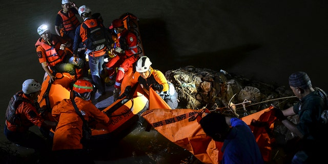 Cleanup in the river in Indonesia leads to 11 students drowning, 10 rescued