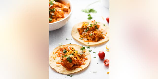 Imagine getting a tailgating meal ready to serve in 30 minutes. Sounds pretty nice, huh? Thankfully, this Instant Pot chicken tacos recipe does just that.